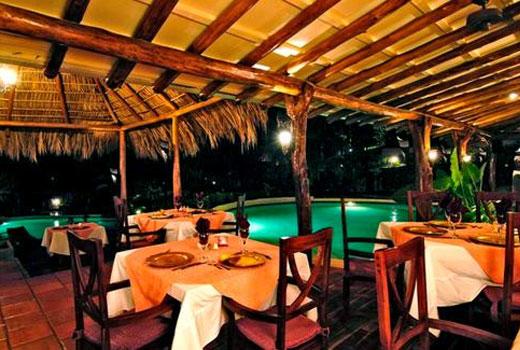 El jard n del ed n restaurant in tamarindo pura vida for El jardin del eden