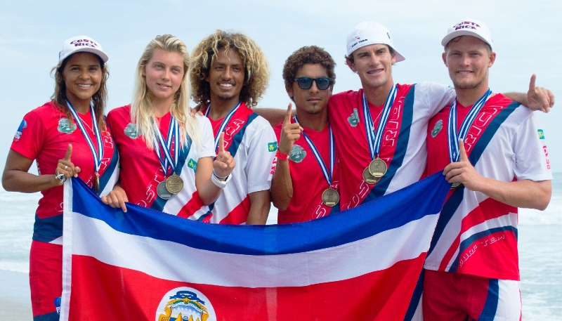 Costa Rica's Dream Team - Pro surfers