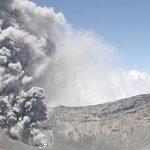 Video: Volcán Turrialba, Erupción 15:45 19 de Mayo 2016