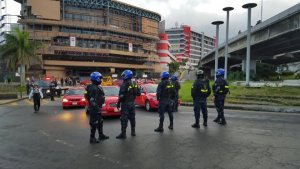 Protesting Taxis Drivers Arrested in Costa Rica, with one Police Officer Injured