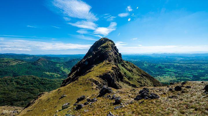 Amanecer Cerro Pelado Y Catarata Llanos De Cort 233 S Pura