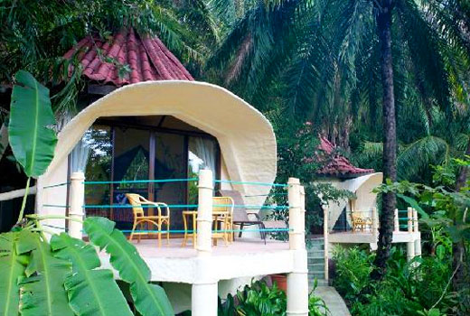 Ylang Beach Resort Information